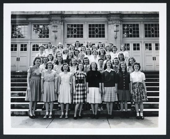 Xi Chapter Photograph, Spring 1946