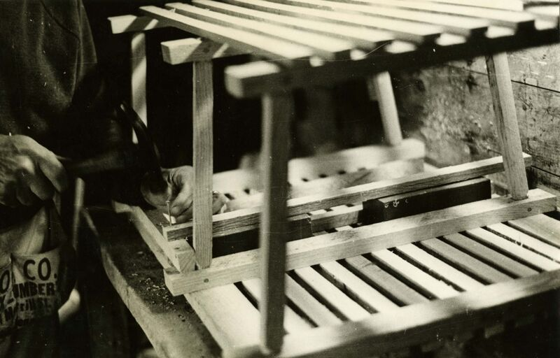 How to Build a Lobster Trap Photographs