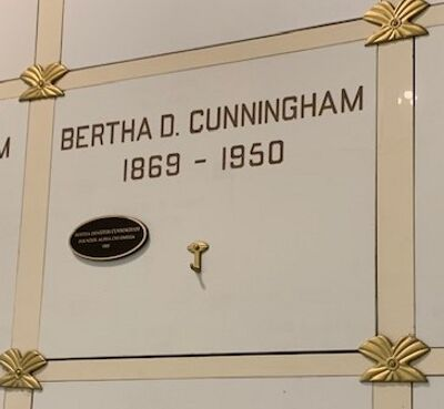 Bertha Deniston Cunningham, Founder Burial Marker
