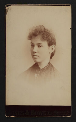 Amy DuBois Rieth Portrait Cabinet Card