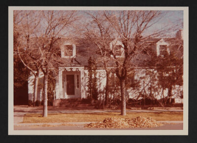 Epsilon Xi Chapter House Photograph