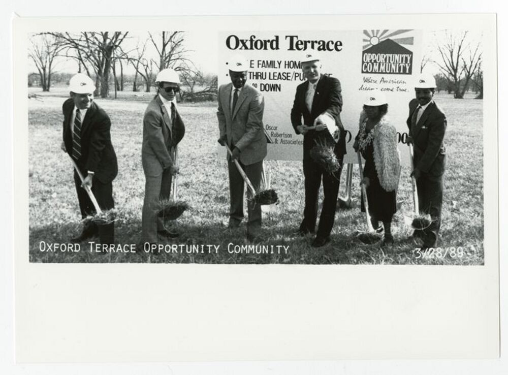 Oxford Terrace Project, 1990