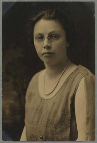 Laura Hurd Portrait Photograph